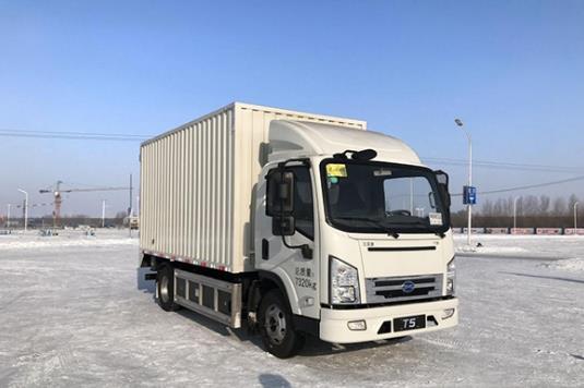 比亚迪T5A纯电动卡车搭载领先科技挑战吐鲁番高温测试.jpg