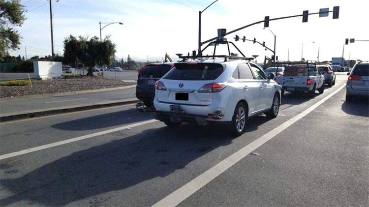 苹果测试车遭遇追尾 事故未造成人员伤亡