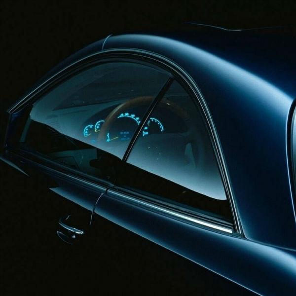 汽车玻璃贴膜可以直接撕掉吗 撕掉汽车玻璃膜做好的方法