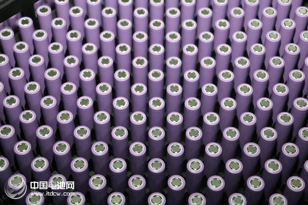 1-7月全国锂离子电池产量83.2亿只 铅酸蓄电池产量11178.4万千伏安时