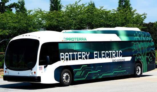 美国推行电动巴士进展缓慢 但情况正在改变