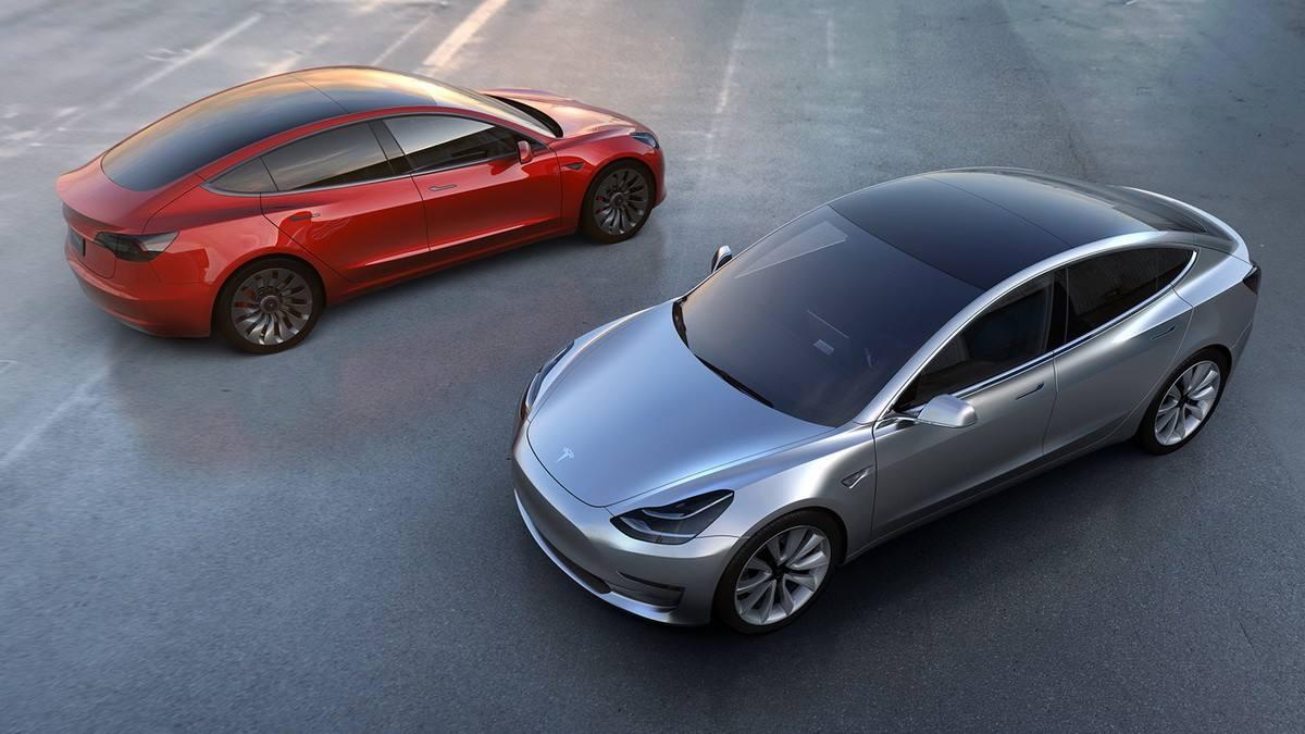 Model 3被控突然加速  牵涉出195起类似投诉