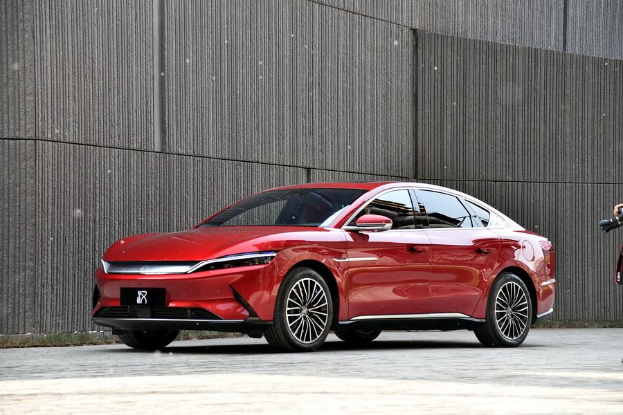 新能源车全年销量下滑 比亚迪公布2020年成绩单