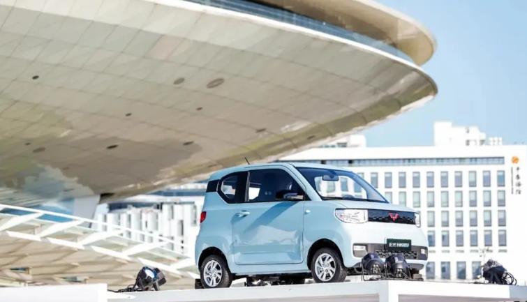 """微型电动车市场竞争升级 """"创新做车""""需落在实处"""