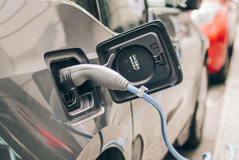 英国正与福特日产等6家公司洽谈建立电池超级工厂