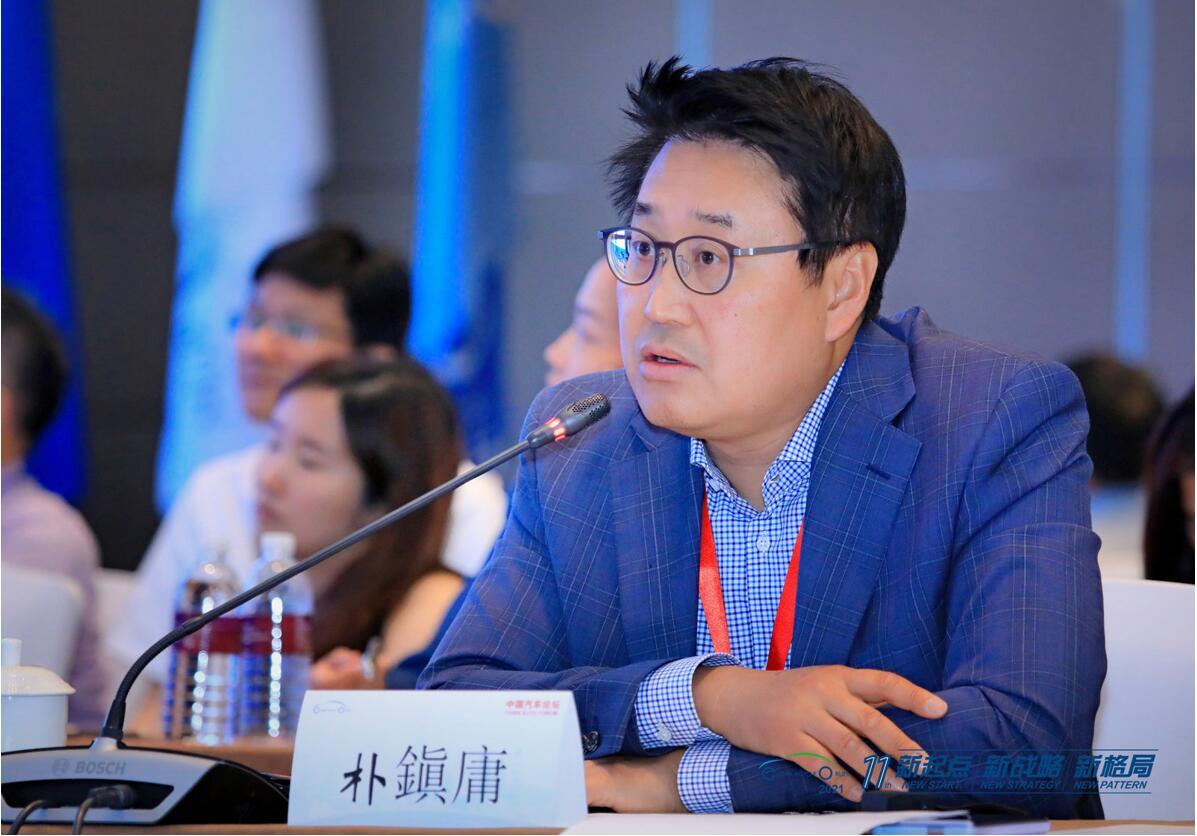 LG新能源动力电池亚洲区营销总经理朴镇庸