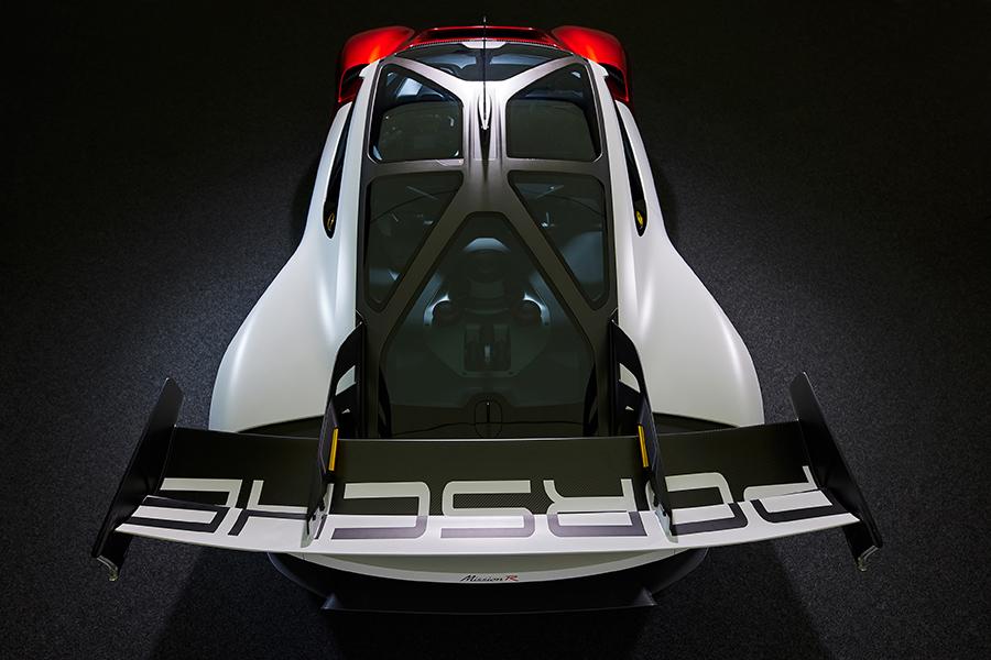 双电机纯电四驱,2.5秒就破百!保时捷发布Mission R 概念车