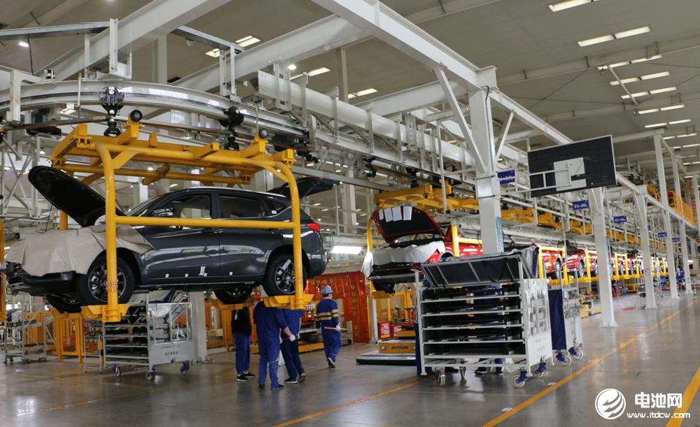 """多家车企工厂被迫停工,汽车芯片还要""""荒""""多久?"""