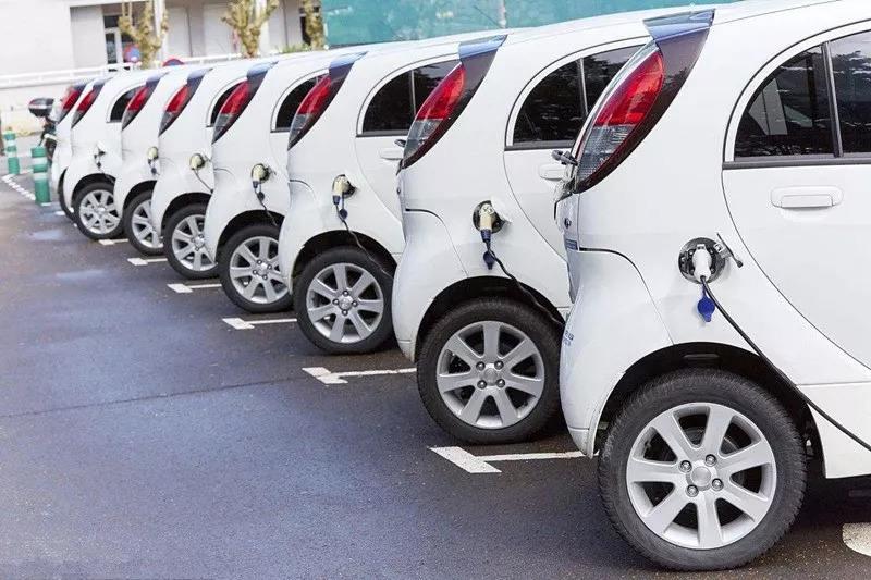 买纯电动汽车好吗 买电动汽车需要注意什么