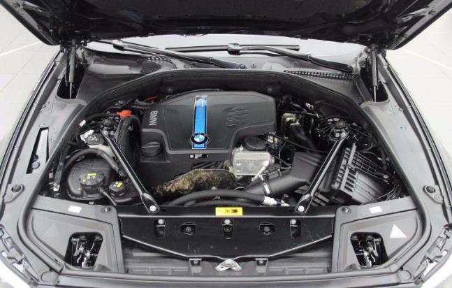 什么是油电混合动力 什么是插电式混合动力